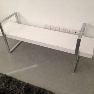 IMG 5121 300x300 - ספסל עץ מלא דגם פיקוס