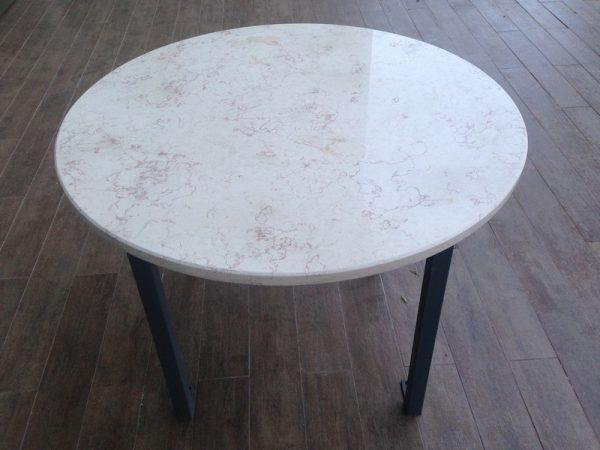 שיש עגול 600x450 - שולחן שיש עגול