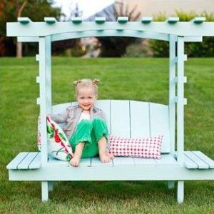 גן קלסי לילדים1 300x300 - ספסל גן לילדים דגם קלאסי
