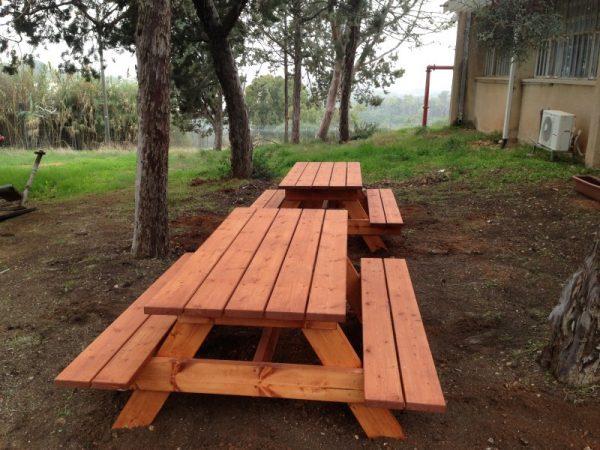 """פיקניק מעץ 2 600x450 - שולחן פיקניק קק""""ל 1.60"""