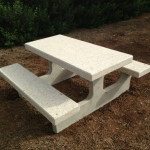IMG 2171 Large 1024x768 300x300 - שולחן בטון דגם פיקניק 101