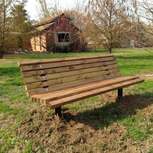 IMG 3809 800x600 300x300 - ספסל עץ מלא לגינה דגם אורן