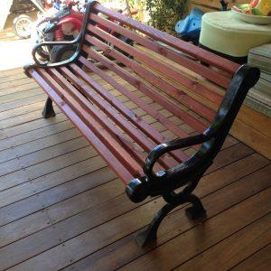 IMG 4447 Custom 300x300 - ספסל עץ וברזל דגם אגס