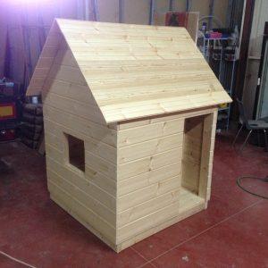 IMG 6178 300x300 - בית עץ לילדים דגם בר